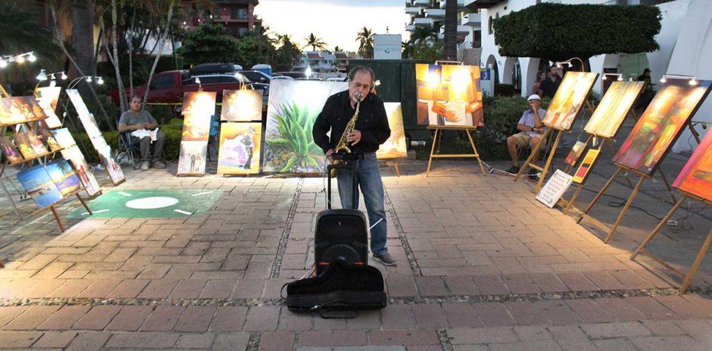 Musica en vivo en Art & Market Marina Vallarta